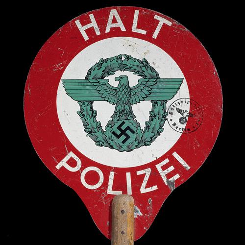 """""""Porządek i zagłada. Policja w nazistowskich Niemczech"""" galeria im. Koreta"""